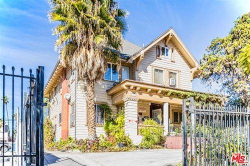 Photo of 669 S Burlington Avenue, Los Angeles, CA 90057 (MLS # 21679988)