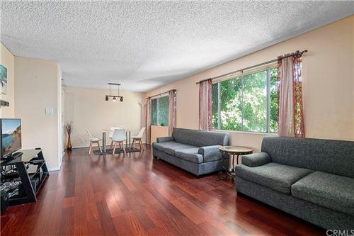 Photo of 18601 Collins Street #D29, Tarzana, CA 91356 (MLS # CV21232988)