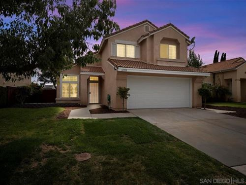 Photo of 31999 Calle Espinosa, Temecula, CA 92592 (MLS # 210009989)