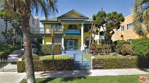 Photo of 339 S OXFORD Avenue, Los Angeles, CA 90020 (MLS # 20571990)