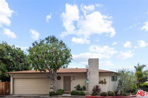 Photo of 2821 Westshire Drive, Los Angeles, CA 90068 (MLS # 21724990)
