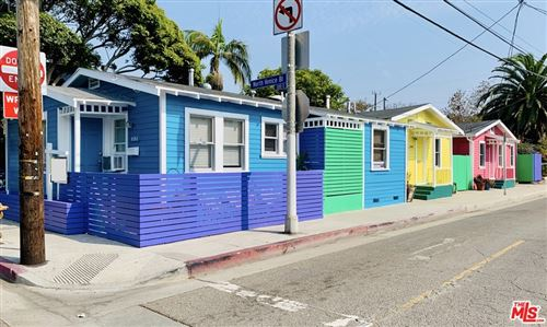 Photo of 402 N Venice Boulevard, Venice, CA 90291 (MLS # 21729990)