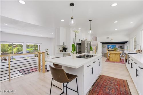 Photo of 1753 Hendrix Avenue, Thousand Oaks, CA 91360 (MLS # 221003990)