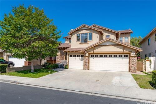 Photo of 21 Woodsong, Rancho Santa Margarita, CA 92688 (MLS # LG21143990)