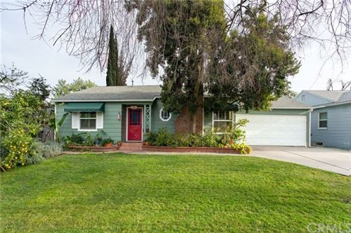 Photo of 340 W Elm Avenue, Burbank, CA 91506 (MLS # WS20023991)
