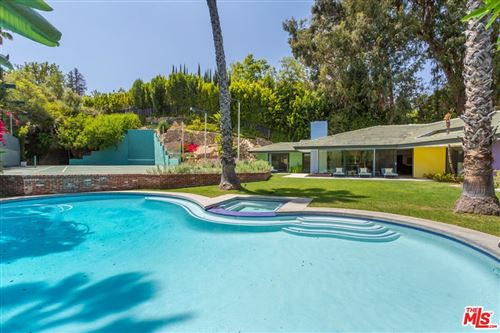 Photo of 1009 N Beverly Drive, Beverly Hills, CA 90210 (MLS # 21736992)