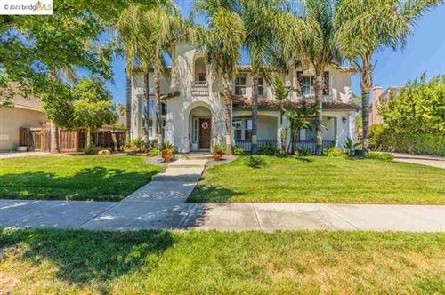 Photo of 1828 La Fonte Drive, Brentwood, CA 94513 (MLS # 40953992)