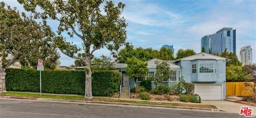 Photo of 1834 Comstock Avenue, Los Angeles, CA 90025 (MLS # 21777994)