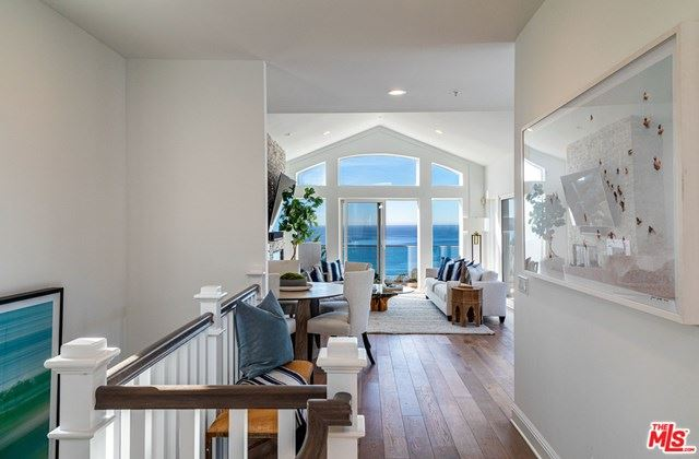 Photo of 21470 RAMBLA, Malibu, CA 90265 (MLS # 20582994)