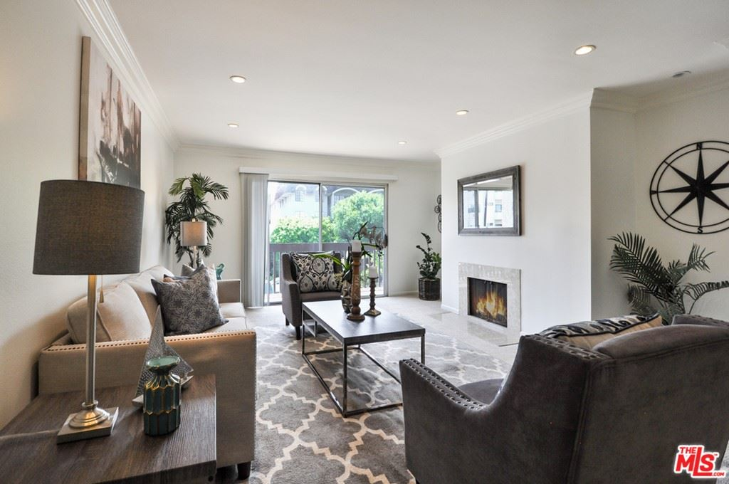 Photo of 5334 Lindley Avenue #220, Encino, CA 91316 (MLS # 21763994)