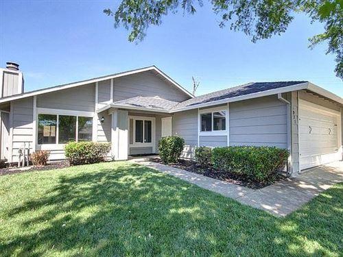 Photo of 5931 Woodglade Avenue, Citrus Heights, CA 95621 (MLS # ML81852995)