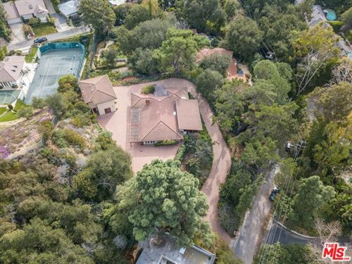Photo of 2350 BOWMONT Drive, Beverly Hills, CA 90210 (MLS # 20548996)