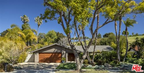 Photo of 962 N PATTERSON Avenue, Santa Barbara, CA 93111 (MLS # 20566996)