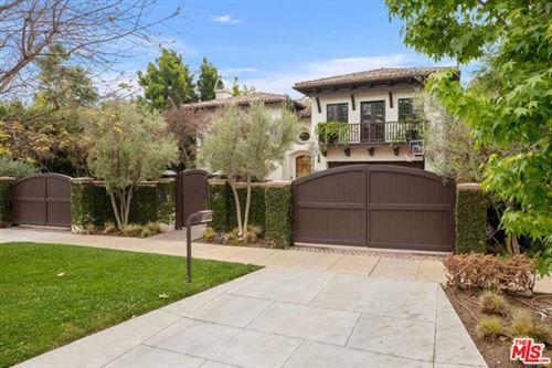Photo of 709 MORENO Avenue, Los Angeles, CA 90049 (MLS # 20585996)