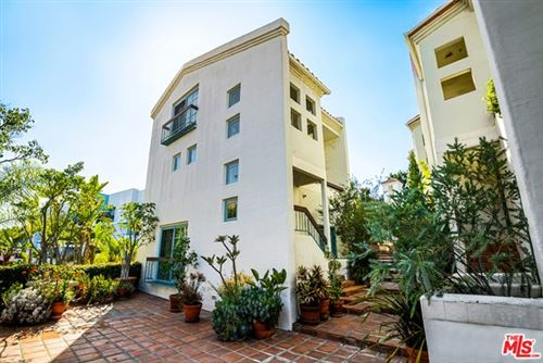 Photo of 8562 W West Knoll Drive #11, West Hollywood, CA 90069 (MLS # 20596996)