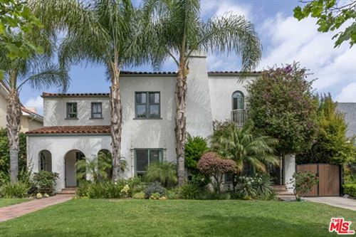 Photo of 814 3rd Avenue, Los Angeles, CA 90005 (MLS # 21723996)