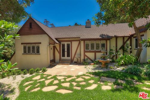 Photo of 2049 Stanley Hills Place, Los Angeles, CA 90046 (MLS # 21764996)