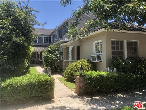 Photo of 10360 1/2 Ashton Avenue, Los Angeles, CA 90024 (MLS # 21783996)