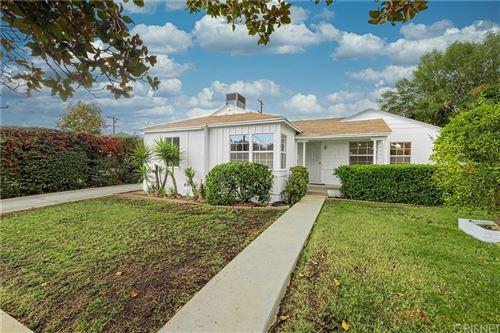 Photo of 6315 Canby Avenue, Tarzana, CA 91335 (MLS # SR21215996)