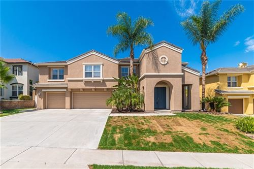 Photo of 3112 Pinehurst Drive, Corona, CA 92881 (MLS # SW21199996)