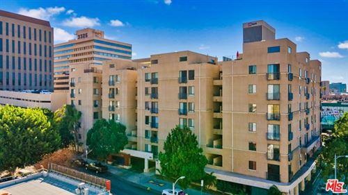 Photo of 625 S Berendo Street #410, Los Angeles, CA 90005 (MLS # 21694998)