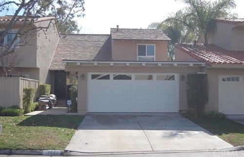 Photo of 327 Vista Suerte, Newport Beach, CA 92660 (MLS # NP20197998)