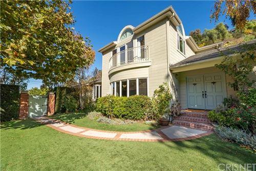 Photo of 3730 Goodland Avenue, Studio City, CA 91604 (MLS # SR20244998)