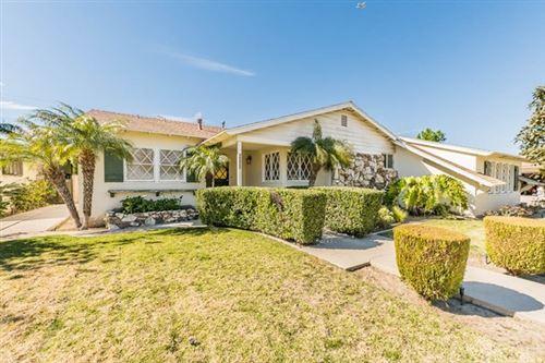 Photo of 10427 Monogram Avenue, Granada Hills, CA 91344 (MLS # SR21036998)