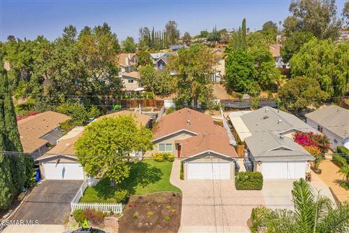 Photo of 757 Brossard Drive, Thousand Oaks, CA 91360 (MLS # 221004999)