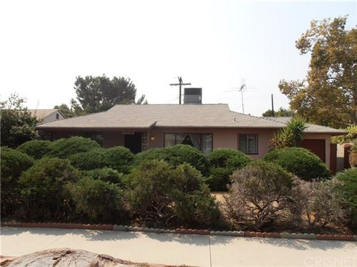 Photo of 7523 Lasaine Avenue, Van Nuys, CA 91406 (MLS # SR20190999)