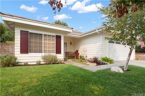 Photo of 27139 Sanford Way, Valencia, CA 91354 (MLS # SR21207999)
