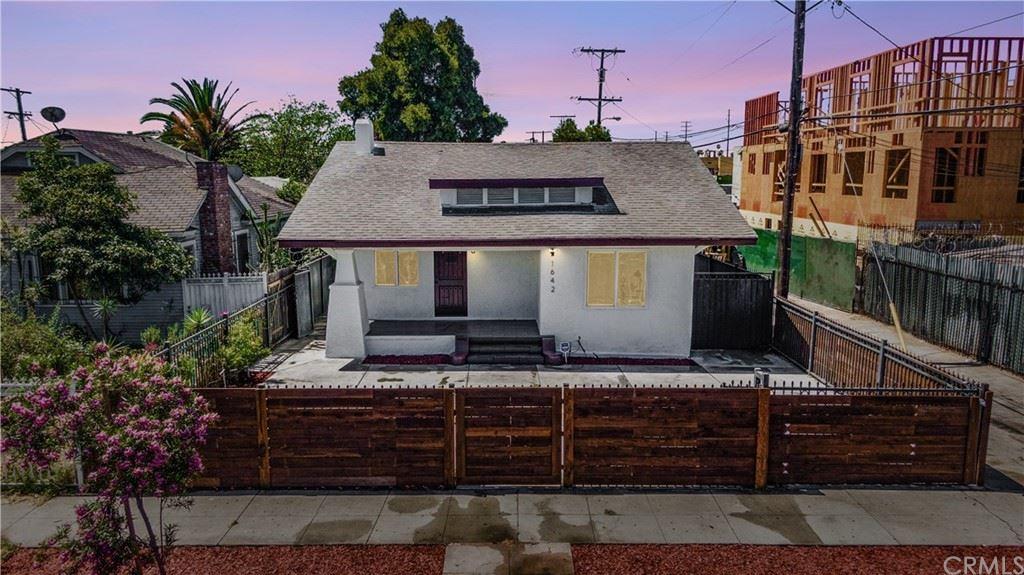 1642 W 46th Street, Los Angeles, CA 90062 - MLS#: DW21125999