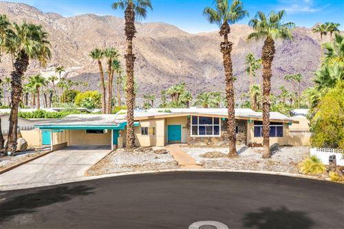Photo of 865 N Topaz Circle, Palm Springs, CA 92262 (MLS # 219066929DA)