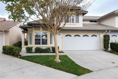 Photo of 2045 LAURELWOOD Avenue, Simi Valley, CA 93063 (MLS # 219014000)