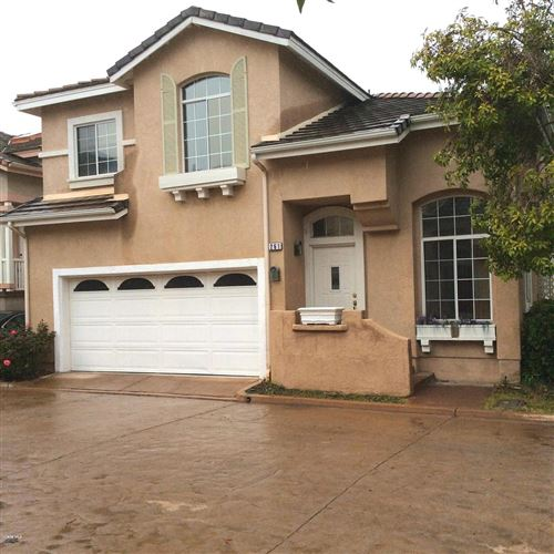 Photo of 261 GROUNDBRIAR Lane, Simi Valley, CA 93065 (MLS # 220003001)