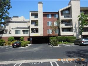 Photo of 5500 OWENSMOUTH Avenue #304, Woodland Hills, CA 91367 (MLS # SR17248001)