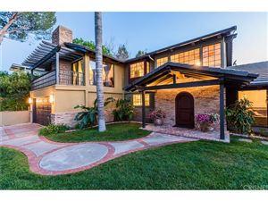 Photo of 22256 CASS Avenue, Woodland Hills, CA 91364 (MLS # SR18114001)