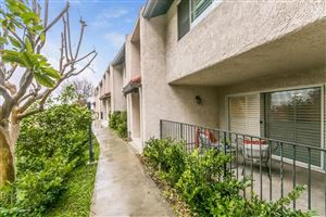 Photo of 9728 VIA SIENA, Burbank, CA 91504 (MLS # 818001003)