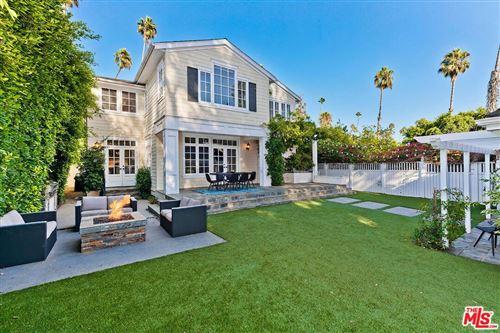 Photo of 961 South BUNDY Drive, Los Angeles , CA 90049 (MLS # 19515004)