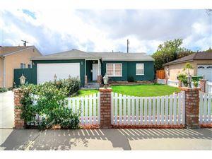 Photo of 16930 GAULT Street, Lake Balboa, CA 91406 (MLS # SR18056004)