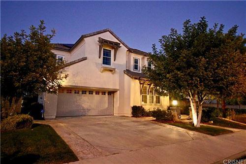 Photo of 27012 TIMBERLINE Terrace, Valencia, CA 91381 (MLS # SR20032005)