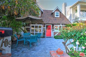 Photo of 709 LARKSPUR Avenue, Corona Del Mar, CA 92625 (MLS # 18342012)