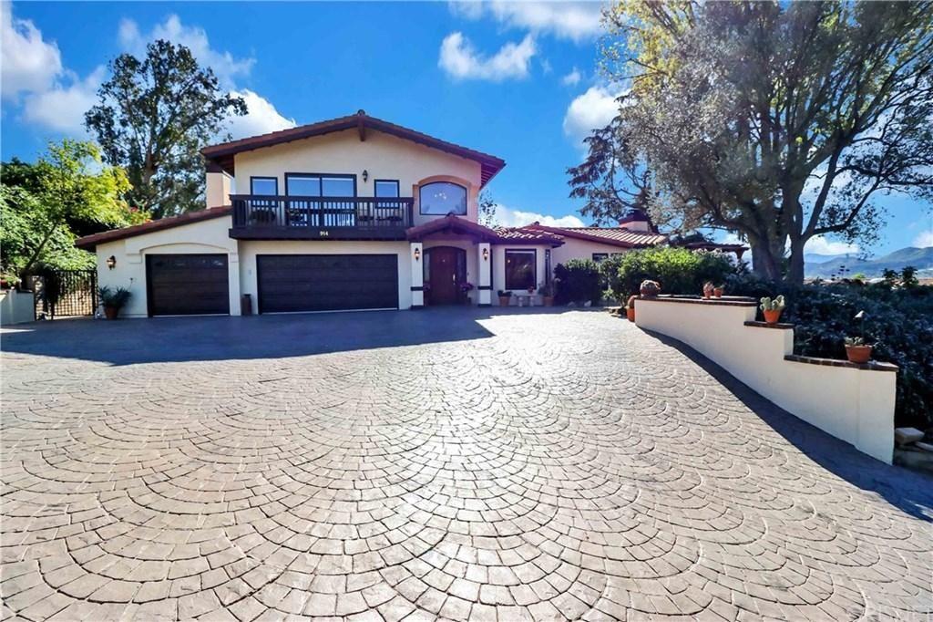 Photo of 914 ROSARIO Drive, Thousand Oaks, CA 91362 (MLS # SR20023012)