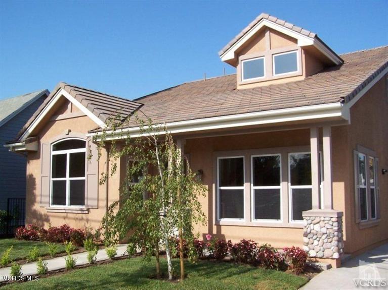 Photo for 326 North 8TH Street, Santa Paula, CA 93060 (MLS # 218002013)