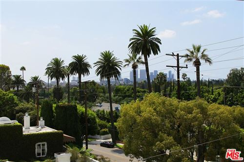 Photo of 906 North DOHENY Drive #511, West Hollywood, CA 90069 (MLS # 19534014)