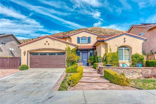 Photo of 28968 ROCK CANYON Drive, Saugus, CA 91390 (MLS # SR20026018)