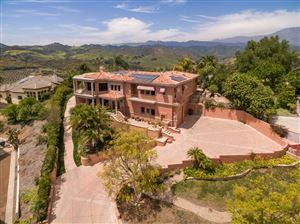 Photo of 405 MONTE VISTA Drive, Santa Paula, CA 93060 (MLS # 218005019)
