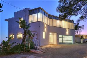 Photo of 1707 VIEWMONT Drive, Hollywood Hills, CA 90069 (MLS # SR19258022)