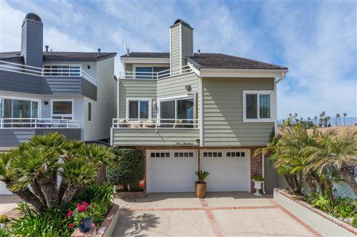 Photo of 113 LAS PALMAS Street, Oxnard, CA 93035 (MLS # 220002024)