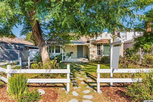 Photo of 726 North KEYSTONE Street, Burbank, CA 91506 (MLS # 319004026)